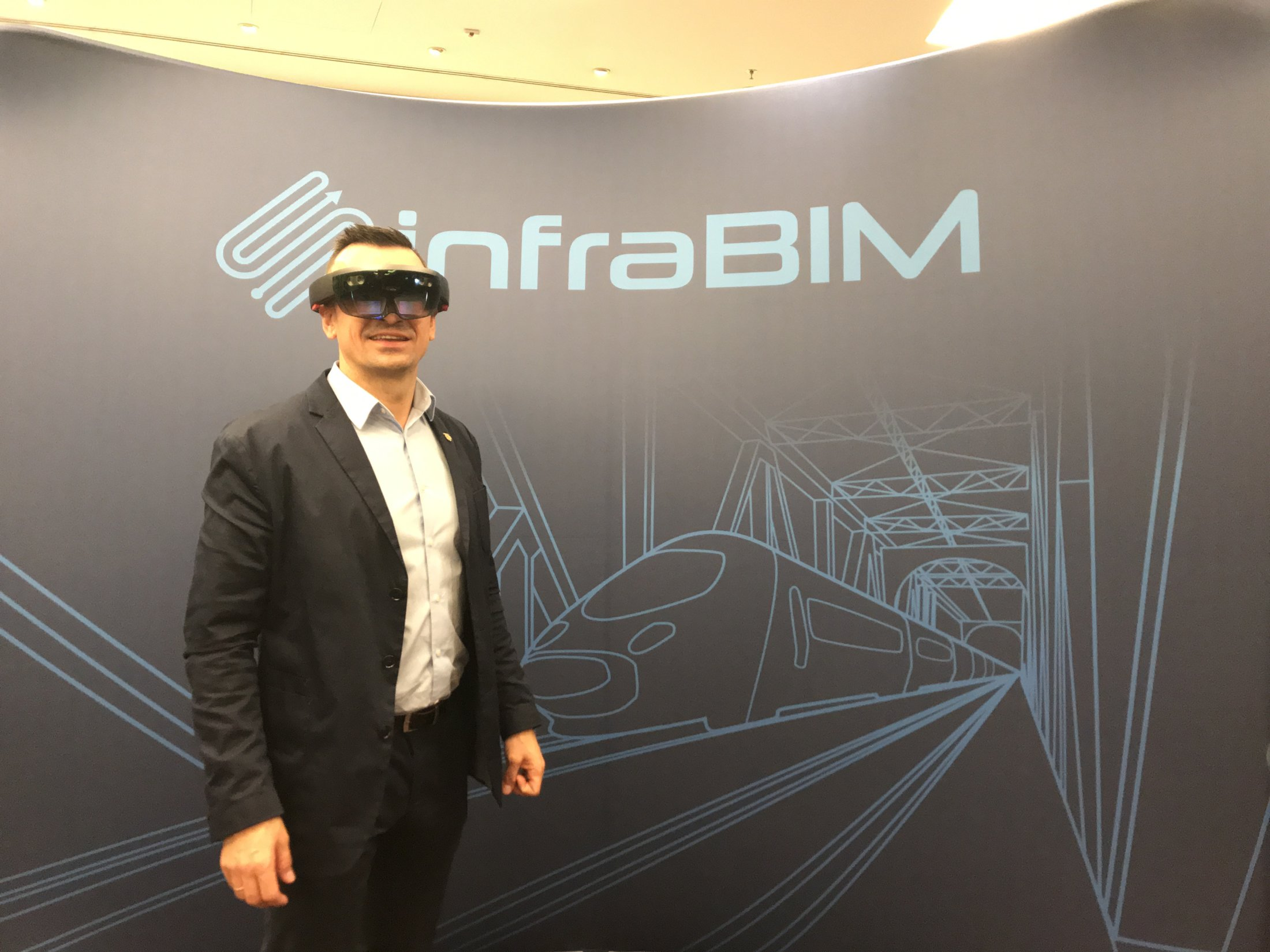 2018.11.15 16 InfraBIM Cracow BIM In Transport Infrastructure