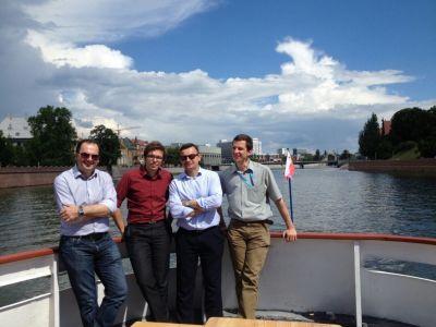 Część nieoficjalna, zwiedzanie Wrocławia. Członkowie STP ( od lewej: Piotr Świeboda, Marian Zastawny, Piotr Dudek, Mariusz Świtalski)